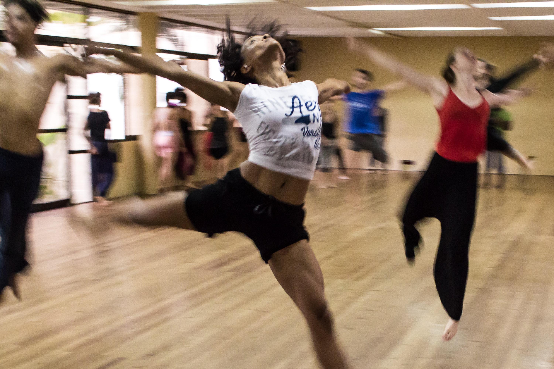 dancing-dance-people-hip-hop-12312